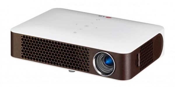 lg2 21 08 2014 - LG PW700: proiettore LED multimediale da 700 lumen