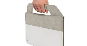 "meliconi1 04 08 14 300x160 - Meliconi Carry Handle Folio: ""valigetta"" per tablet"