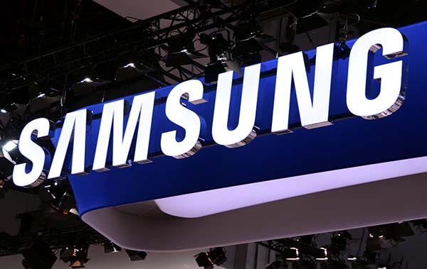 samsung 04 08 14 - Samsung Mobile: profitti e vendite in calo
