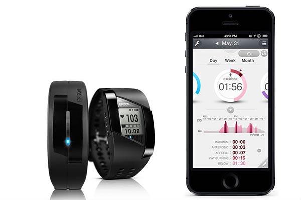 epson6 09 09 14 - Epson Runsense e Pulsense: orologi fitness