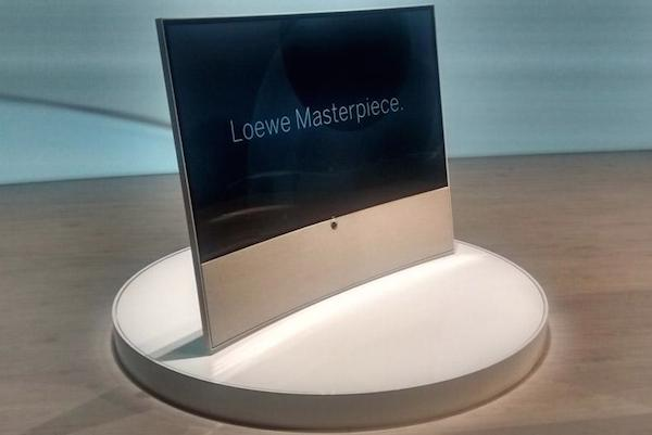 Loewe Masterpiece: TV curvo Ultra HD da 65\