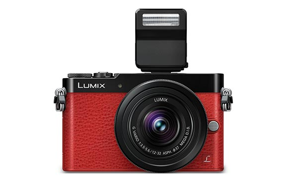 lumixgm5 3 15 09 14 - Panasonic Lumix GM5: mirrorless ultra compatta