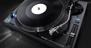 pioneer 17 09 2014 300x160 - Pioneer cede anche la divisione DJ