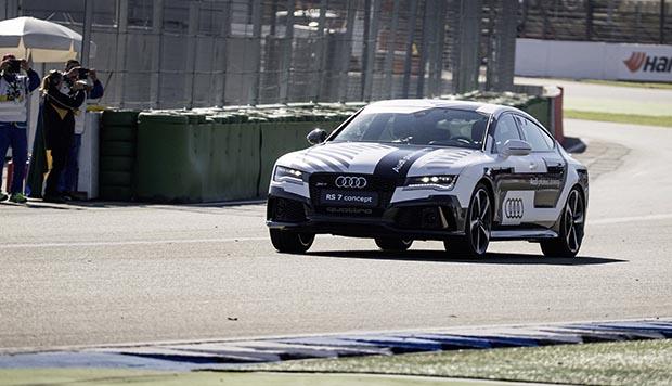 audi2 21 10 14 - Audi RS7 in pista...senza pilota!