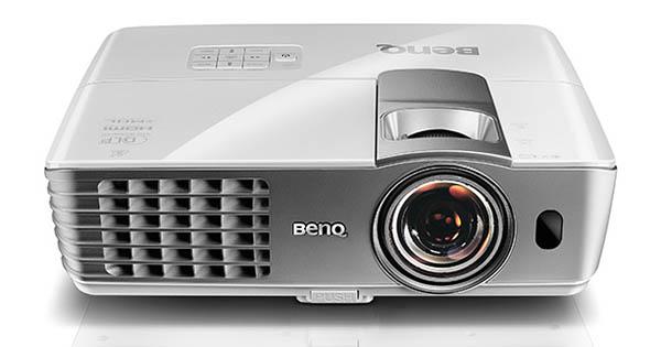 benq4 10 10 14 - BenQ: novità Wireless per la videoproiezione
