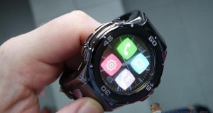 halo evi 09 10 2014 300x160 - Halo: smartwatch con display OLED trasparente