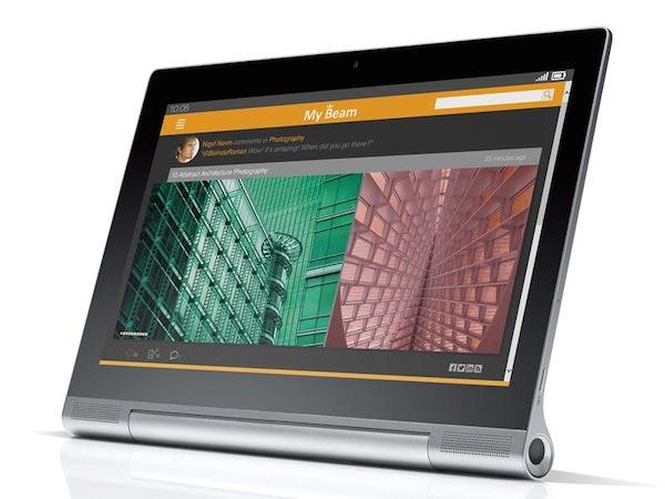 lenovo 10 10 2014 - Lenovo Yoga Tablet 2 Pro con proiettore