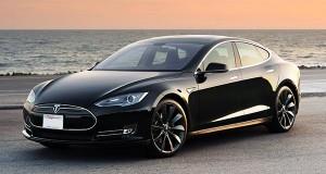 tesla evi 03 10 14 300x160 - Tesla: macchina elettrica senza pilota nel 2015