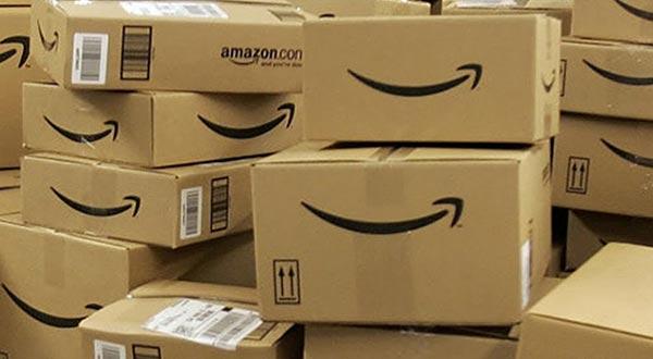 amazon 12 11 2014 - Amazon permette di ritirare i pacchi alle Poste