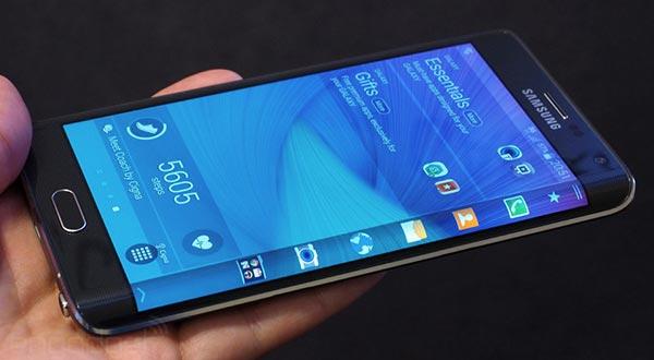 samsung evi 12 11 2014 - Samsung Galaxy Note Edge arriverà in Europa