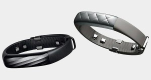 up3 evi 05 11 2014 300x160 - Jawbone Up3: disponibile il bracciale multi-sensore