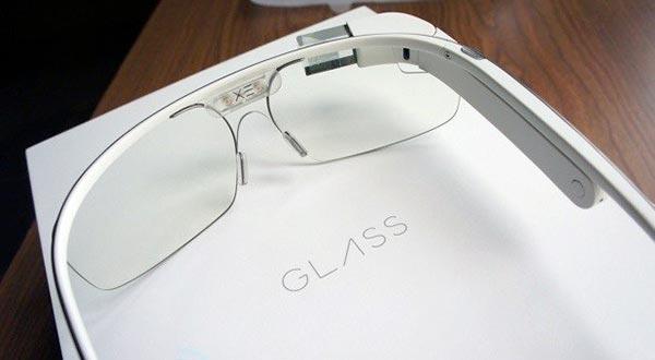 google glass 02 12 2014 - Nuovi Google Glass con cuore Intel?