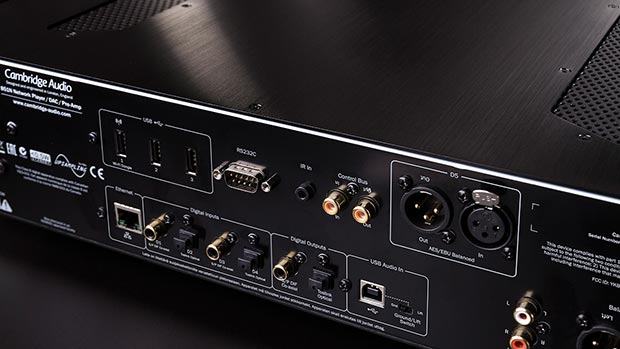cambridge 2 13 01 2015 - Cambridge Audio 851N: network player con 2 DAC
