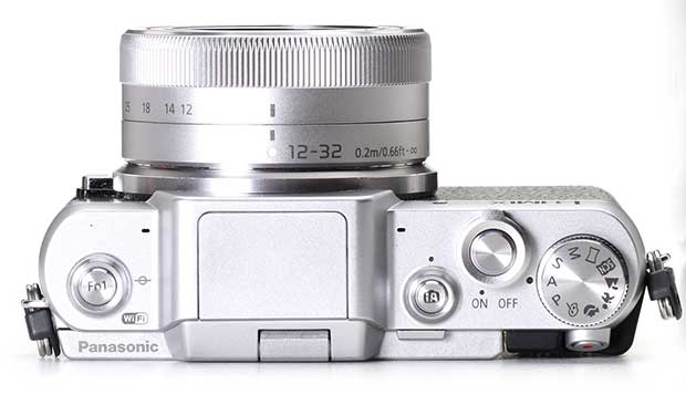 gf7 2 20 01 15 - Panasonic GF7: mirrorless 4/3 con stile retrò e selfie