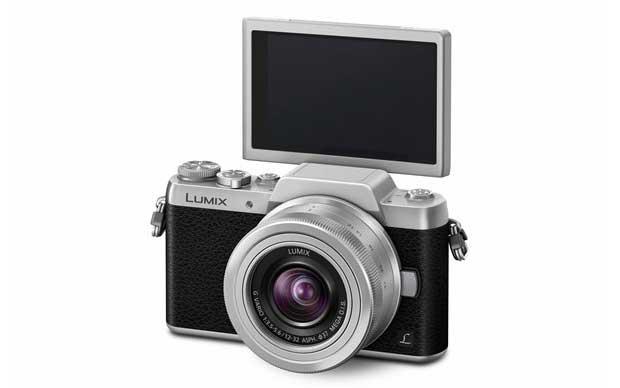 gf7 3 20 01 15 - Panasonic GF7: mirrorless 4/3 con stile retrò e selfie
