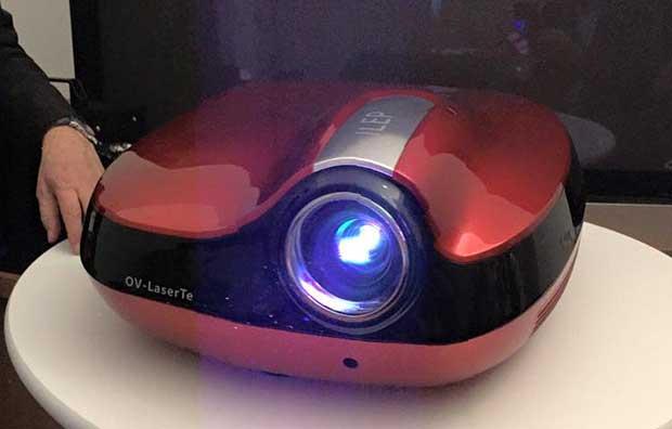 sim2laser3 08 01 15 - SIM2: proiettore Laser RGB entro il 2015