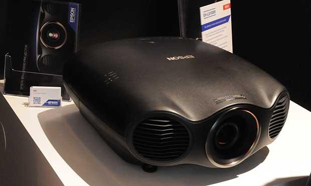 art epson1 13 02 15 - Proiettore Laser Epson EH-LS10000: first look