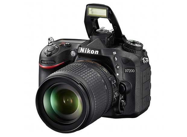 d7200 2 02 03 15 - Nikon D7200: Reflex 24 MP con Wi-Fi e NFC