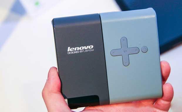 lenovopico2 03 03 14 - Lenovo Pocket Projector: pico-proiettore Miracast