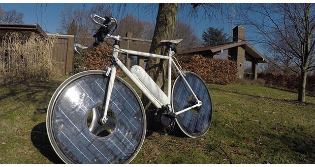 solarwheels 07 04 2015 - Solar Bike: bicicletta elettrica con pannelli solari nelle ruote
