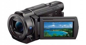 sony fdrax33 evi 20 04 2015 300x160 - Sony FDR-AX33: videocamera con video UHD a 100Mbps