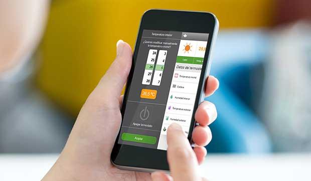 momit1 14 05 15 - Momit: termostato intelligente con touch-screen