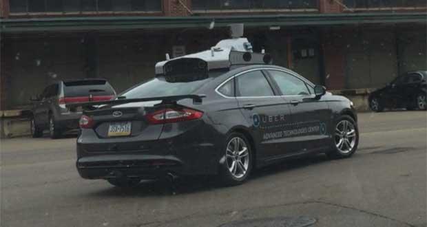 uber 22 05 15 - Uber: primi test di auto senza conducente