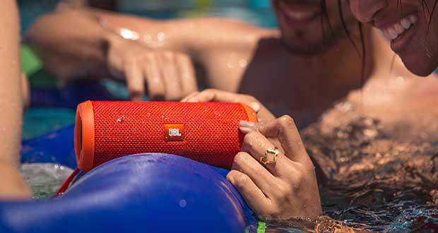 jblflip3 evi 29 06 15 - JBL Flip 3: speaker Bluetooth portatile per l'estate