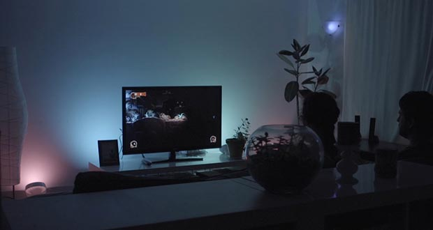 "philips hue xbox one 16 07 2015 - Lampadine Philips Hue e Xbox One: primo gioco ""Ambilight"""