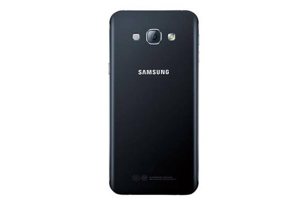 samsung galaxy a8 2 15 07 2015 - Galaxy A8: lo smartphone Samsung più sottile