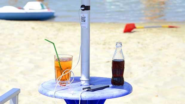 """smartbeach1 13 07 15 - SmartBeach: l'ombrellone 2.0 """"Made in Italy"""""""
