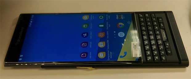 blackberry priv 3 25 09 15 - BlackBerry Priv: smartphone Android con tastiera slider
