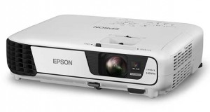 epson1 16 09 15 300x160 - Epson: 8 proiettori portatili 3LCD luminosi e versatili