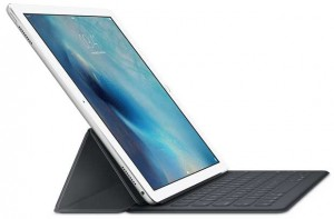 "ipad pro6 10 09 15 300x197 - iPad Pro: tablet 12,9"" con pennetta e cover Smart Keyboard"