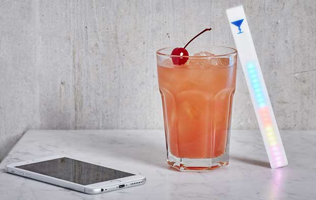 """mixstik 2 25 09 15 - MixStik: uno stecco """"smart"""" per gli amanti dei cocktail"""