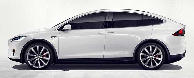 modelx2 30 09 15 - Tesla Model X: SUV 100% elettrico e super tecnologico