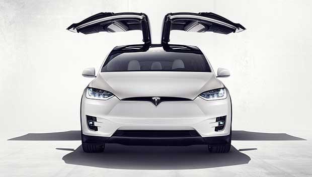 modelx3 30 09 15 - Tesla Model X: SUV 100% elettrico e super tecnologico