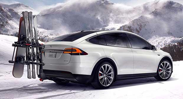 modelx5 30 09 15 - Tesla Model X: SUV 100% elettrico e super tecnologico
