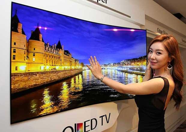 oledarrotolabile2 15 09 15 - LG: OLED TV arrotolabile da 55 pollici al CES 2016