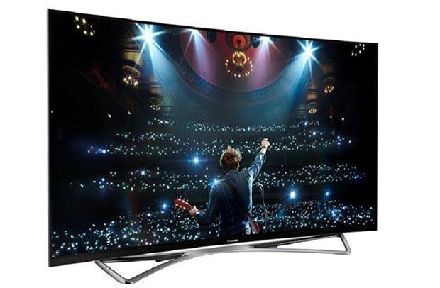 """panasonic cz950 2 03 09 2015 - Panasonic CZ950: TV OLED curvo da 65"""" con HDR"""
