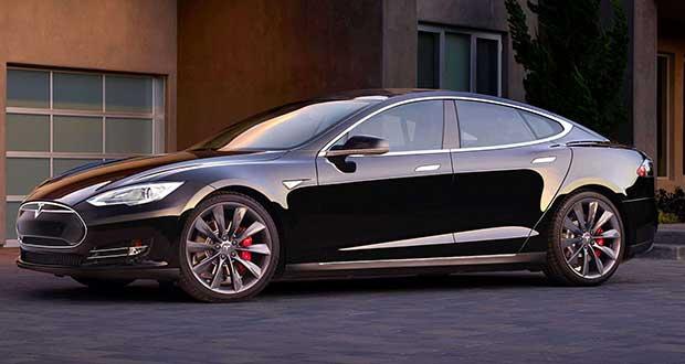 teslas1 24 09 15 - Tesla S P90D: auto elettrica da 772 CV e 0-100 km/h in 3s