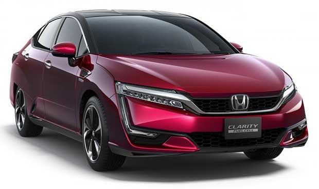 honda clarity 1 30 10 15 - Honda Clarity: auto a idrogeno in Giappone nel 2016