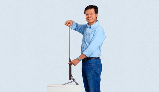 "mitv3 4 21 10 15 - Xiaomi Mi TV 3: TV 60"" 4K con Smart TV nella soundbar"