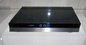 sharp ultrahd bluray evi 07 10 15 300x160 - Sharp: lettore / registratore Ultra HD Blu-ray al CEATEC