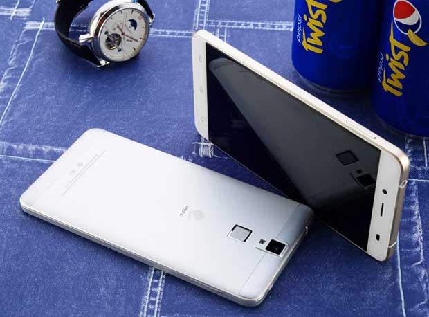 "pepsi phone2 20 11 15 - Pepsi Phone P1: smartphone Android con ""bollicine"""
