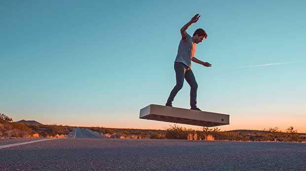 arcaboard5 31 12 15 - ArcaBoard: hoverboard a levitazione in vendita da Aprile