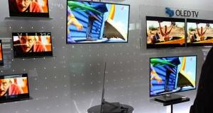 lg oled monitor 10 12 15 300x160 - LG: monitor PC OLED in arrivo nel 2016-2017