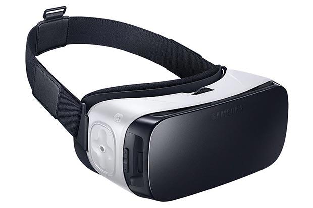 samsung gear vt 2 03 12 2015 - Samsung Gear VR: disponibile da domani a 129€