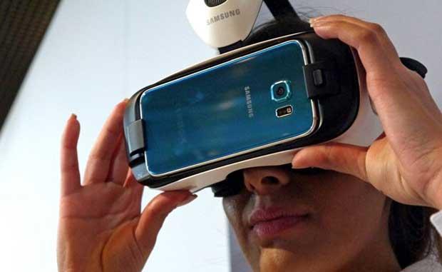 gearvr 21 01 16 - Netflix in realtà virtuale su Samsung Gear VR