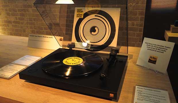 sony giradischi dsd 4 06 01 16 - Sony PS-HX500: giradischi con copia vinili in HD e DSD